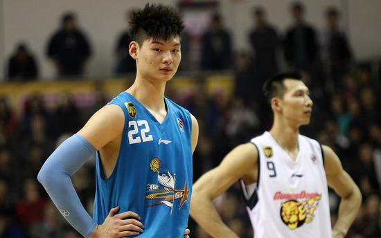 王哲林前几个赛季被批数据刷子