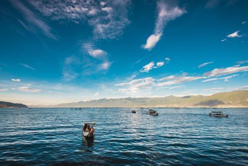 大理洱海边的高颜值海景别墅  你都看过了吗?