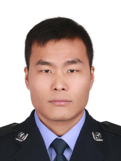 贵阳警察抓捕涉毒嫌疑人时被刺死 年仅30岁