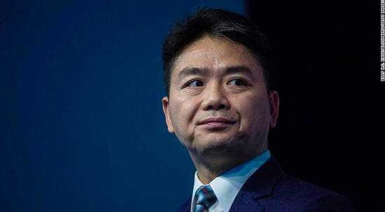 刘强东案背后角力:双方律师均阵容强大