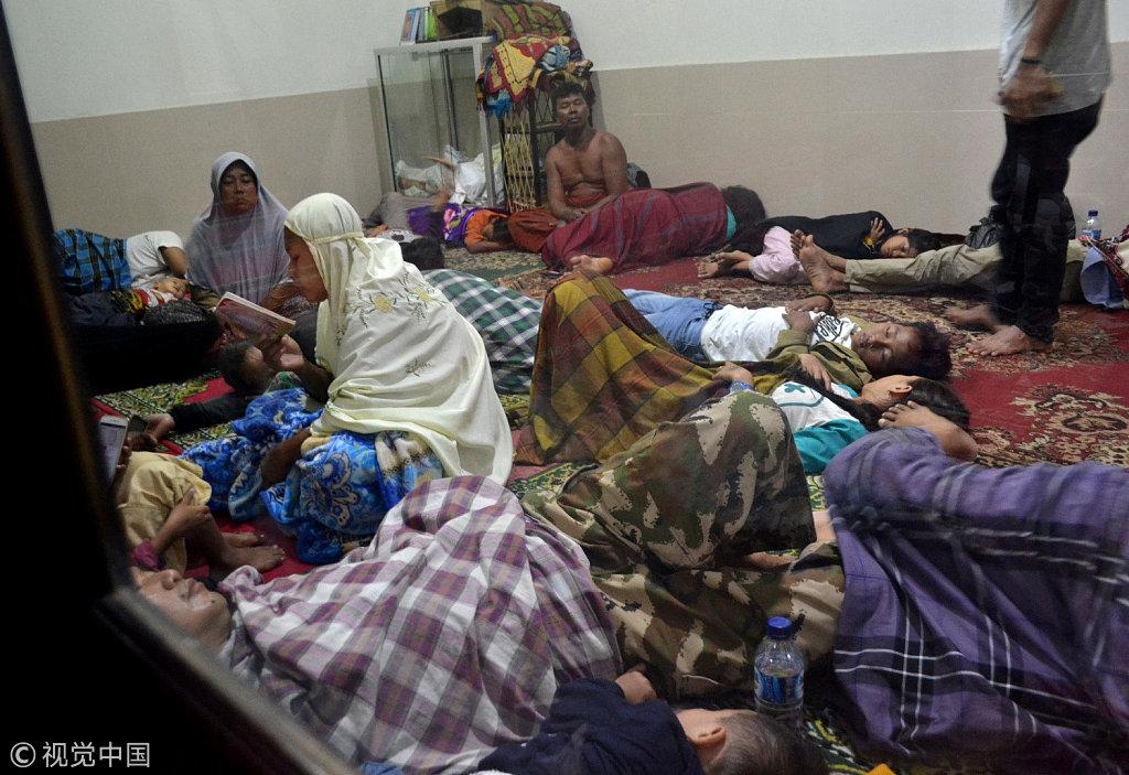 印尼海啸遇难人数升至222人 疑因火山喷发所致