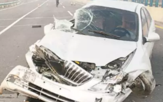 新乡|大广高速发生事故司机满脸是血 车内挂饰成元凶