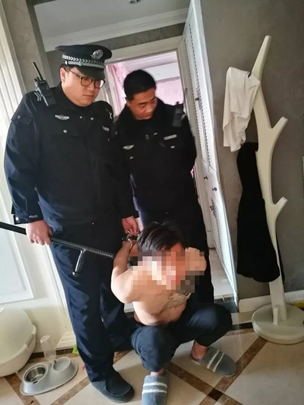 网红女主播遭男友囚禁:没60万分手费就同归于尽