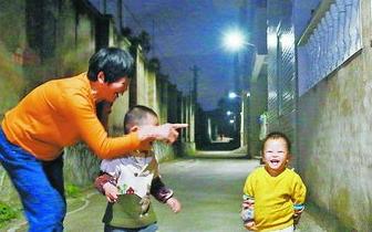 """翔安区开展""""农村亮灯工程"""" 预计在春节前完成安装"""