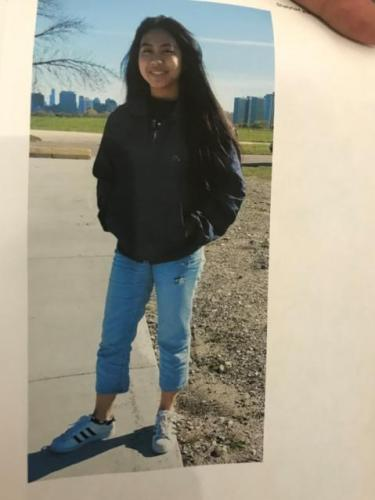 资料图片:失联的18岁华裔女大学生亚曼德。(图片来源:美国《世界日报》特派员 黄惠玲/翻摄)