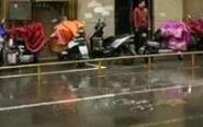 男子从29楼坠下身亡 落在菜场旁