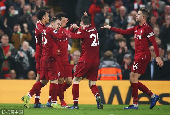 英超-萨拉赫破门沙奇里建功 利物浦4-0稳居榜首