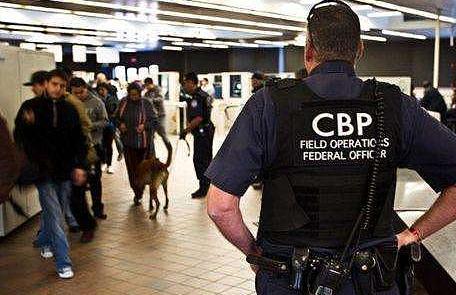 美海关及边境保护局:对被扣移民儿童作医疗检查