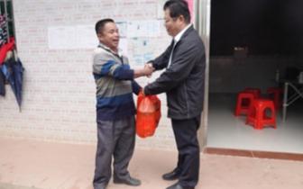 王琼龙:抓好基础设施建设细节 完善扶贫资料录入