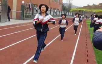今年福州中考体育总分30分 每名考生需考4个项目