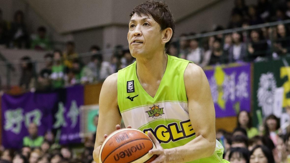 49岁的折茂武彦仍征战职业联赛