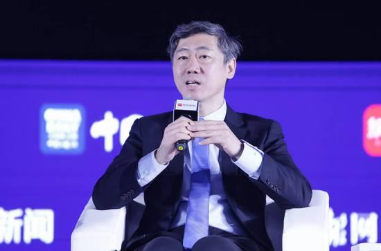 李稻葵:服务业需要大量的就业