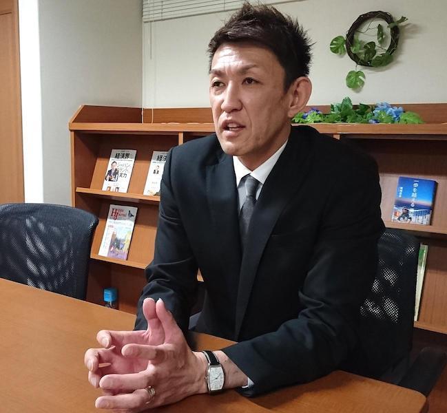 负债2.4亿日元接手职业队
