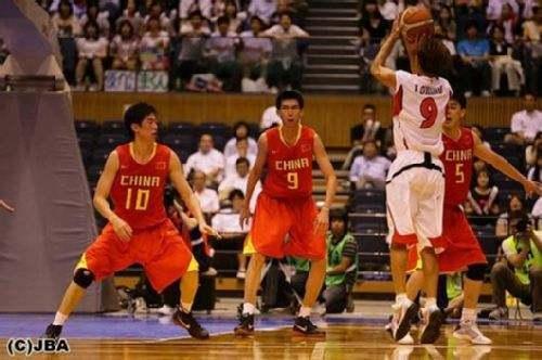 2009年亚锦赛东亚区预选赛,带领日本战胜中国