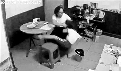 深圳虐童案举报者:没解救孩子很愧疚 没想过报复
