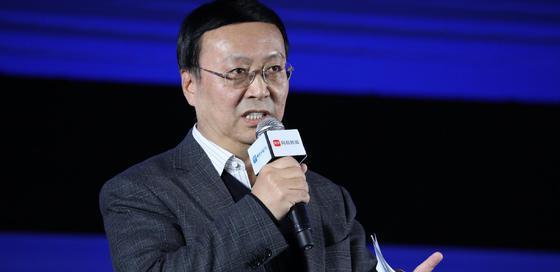 高培勇担任2019影响力峰会新趋势发布人