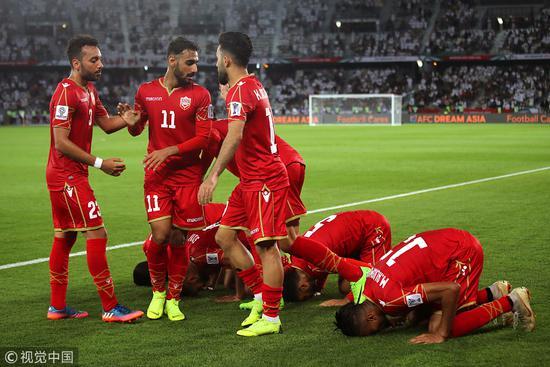 亚洲杯揭幕战-东道主获争议点球 阿联酋1-1巴林