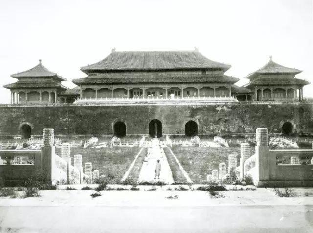 慈禧出逃后,日本人所拍的史上最原貌的紫禁城照片