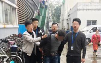 盗窃 俩东莞男子专在深圳犯事 手持刀片盯上老年人