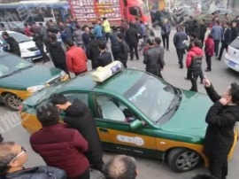 """运城市区""""滴滴车""""与""""出租车""""再起冲突!"""