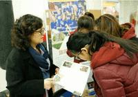 美领馆教育处EducationUSA大学展在北京昌平新东方外国语学校举行