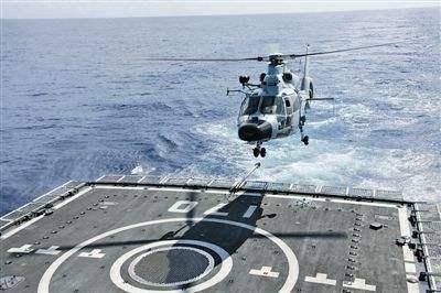 中国舰载直升机南海实射训练 检验对海攻击能力