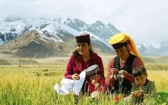 离北疆很远 离天堂很近 中国美女最多的风情小城