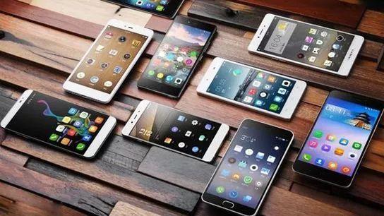 国产手机经销商降价血拼 饮鸩止渴半数门店或将倒闭?