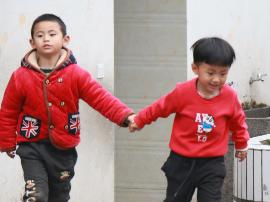 """守护童心 为爱圆梦 """"正行走""""公益援助活动圆满成功"""