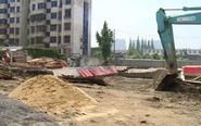 工地打桩 数米外住宅楼墙体开裂地面下沉