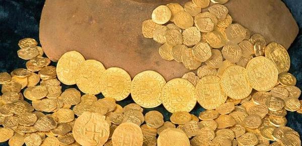 300年前沉船中打捞出金币 价值千万