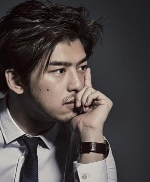 《火王》作者游素兰曝手绘海报 网友猜测男主是他