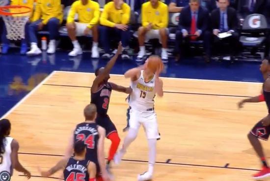 【影片】又是崴腳!歐洲魔術師Jokic又是腳踝扭成90°  受傷離場!-Haters-黑特籃球NBA新聞影音圖片分享社區