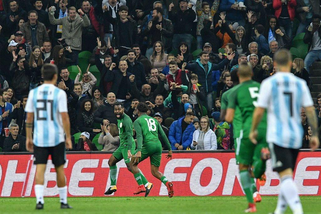 无梅西阿根廷连丢4球不敌尼日利亚 被两小将打爆