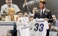 马德里市长获赠皇马球衣
