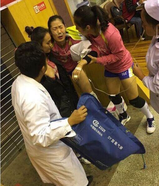 揪心!朱婷高原反应赛后被送医院 输液直至凌晨4点