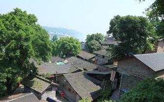 【美丽中国长江行】江边古镇居民的幸福生活