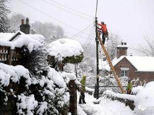 英国五年来最大雪只是开场 英果仁最乐啥