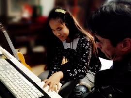 金钥匙音乐节国际钢琴作曲大赛12岁中国小姑娘脱颖而出