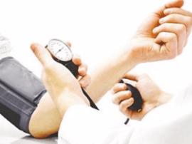 全国高血压日:健康成年人每年至少测一次血压