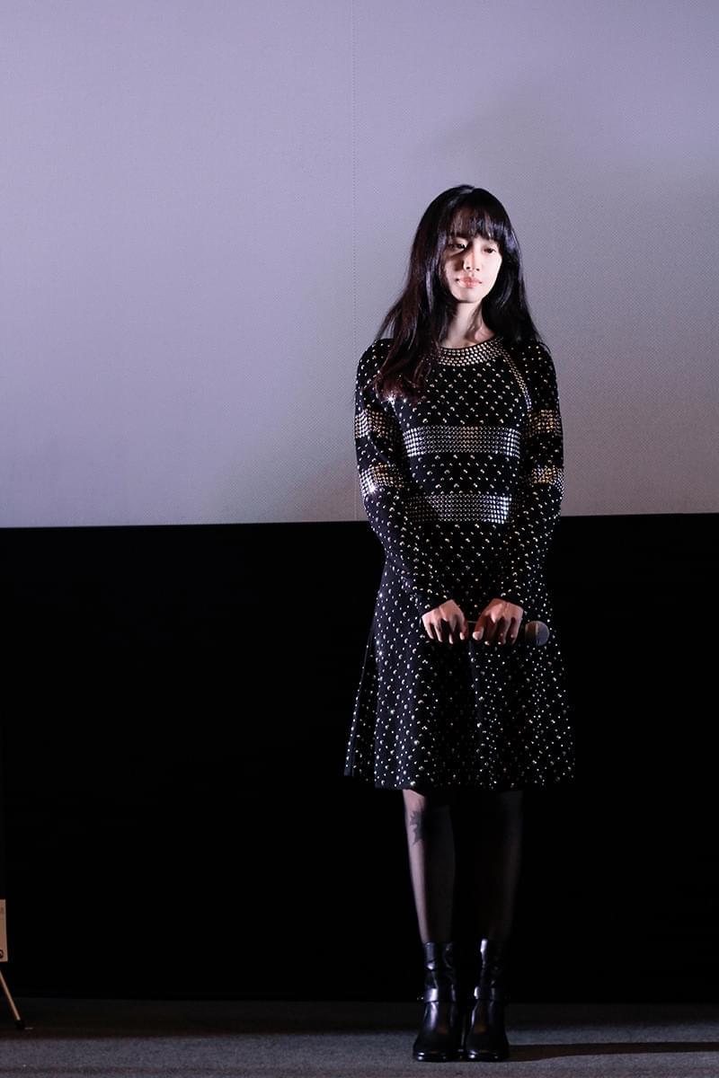 李梦东京亮相电影见面会 演技获赞预热开幕式红毯