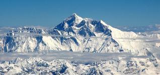 视频|珠峰攀登 这些人将经历什么?