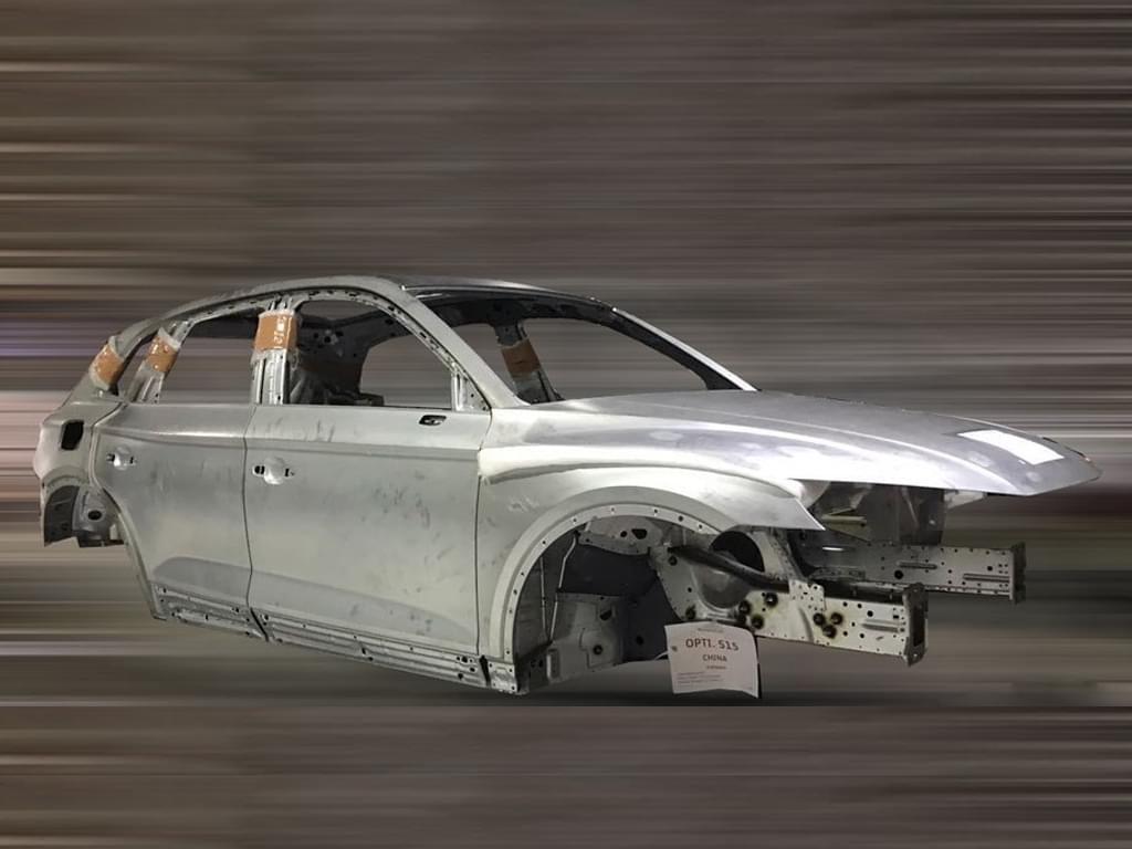 要加长? 一汽-大众奥迪全新Q5白车身谍照