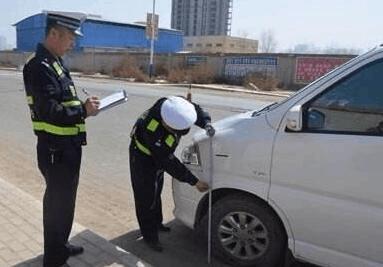 洪湖交警大队速破疑难交通事故 仅用4个小时