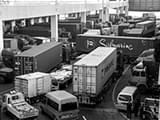 甬金线集卡车为何事故多发 交警24小时跟车调查