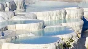 全球六大特色温泉池
