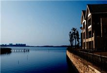 智者乐水 沿湖而居成为热点地产