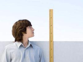20岁后还能长高吗?医生坦白:孩子长高在这2个年龄段