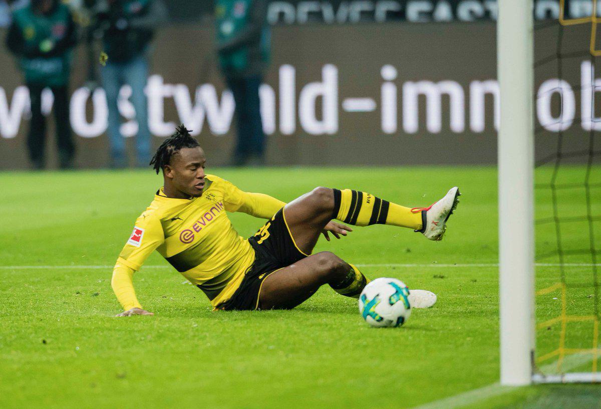 德甲-罗伊斯复出巴舒亚伊格策破门 多特2-0汉堡