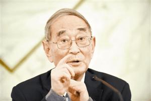 厉以宁:中国经济处转型阶段 结构性调整未结束